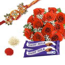 rakhi-with-roses