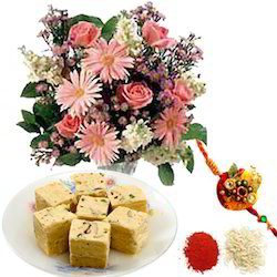 rakhi-flowers-with-sweetness