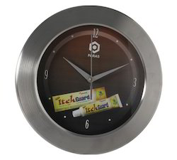 itch-guard-jumbo-stainless-steel-wall-clock
